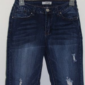frayed bottom Refuge size 2 dark wash jeans